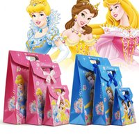 Birthday Cartoon Princess Gift Bag 19.2*27*9cm 266*175*80mm Cartoon Princess Cute Gift Bag Blue Pink Kraft Paper Bag Candy Cake Package Children Birthday Party Gift Wrap 24pcs lot WS029