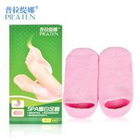 Wholesale PILATEN SPA Beauty Foot Mask Set Reusable Foot Mask Socks Moisture Whiten Repair Exfoliating Feet Care Tools Foot Pedicure Silicone Socks