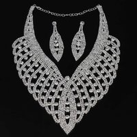 Wholesale Hot Sale Fashion Silver Plated Crystal Pendant Necklace Earrings Wedding Jewelry Set For Women order lt no tracking
