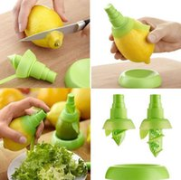 Wholesale Fedex Free Lemon Watermelon Juice Sprayer Citrus Spray Hand Fruit Juicer Squeezer Reamer Kitchen cooking Tools