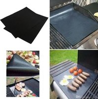 Wholesale BBQ Grill Mat liner Stick Reusable Washable Plate PTFE Coated Telflon Mats Bamboo Charcoal Not Coated Cleaning Brushes BBQ Grill Mat