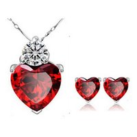 Wholesale Newest Earrings and Necklace Sets Austrian Crystal Wedding Jewelry Sets Love Heart Fashion Jewelry Sets On Sale N29E53