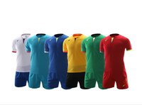 Wholesale Customized Thailand Quality Soccer Jersey Football Jersey Football Jersey Shirt