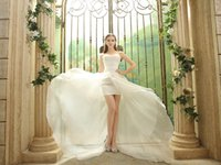 Wholesale Hot Cathedral Train Wedding Gowns Custom Made Luxury Sweetheart Neckline Lace up Wedding Dresses Lace Applique Crystal Sequins