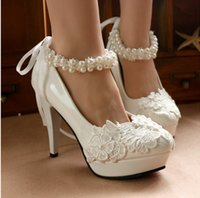 Wholesale New With Wedding Shoe White lace flower dress shoes by hand with high heels pearl cingulate bride shoes waterproof table the maid of honor
