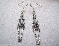 ancient skulls - 50 Pairs New Hot Fashion Vintage Ancient Silver Plated SKELETON Gothic Skull Charms Dangle Women Drop Earrings DIY Jewelry