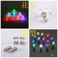 Wholesale Flash earrings Hairpins Strobe LED ear ring Lights Strobe flashing Nightclub party items Magnets Fashion lighting Pairs