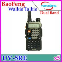 Wholesale BaoFeng UV RE Walkie Talkie Transceiver Dual Band Radio Mhz Mhz Interphone UV5RE mAH Battery Free Earphone RW WK