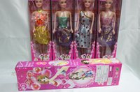 barbies dolls - doll Barbie doll single boxed enclosing a solid body Barbie