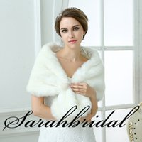 Wholesale Warm White Ivory Bridal Wrap Shawl Coat Jackets Boleros Shrugs Regular Faux Fur Stole Capes Vintage Evening Party Jacket