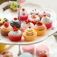 Wholesale Lovely sweet cake contact lenses storage box