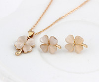 Cheap Opal pendant necklace set Best Clover pendant necklace