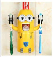 Wholesale Small yellow man cartoon couple toothbrush holder suits small yellow people wash suits automatic toothpaste dispenser JIA425
