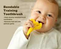 Wholesale New High Quality And Environmentally Safe Baby Teether Teething Ring Banana Silicone Toothbrush