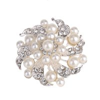 artificial pearl jewellery - Noble Artificial Faux Pearl Flower Brooch Crystal Rhinestone Bead Wedding Bridal Bridesmaid Party Pin Jewellery for Girls