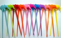 beginner chopsticks - 2015 Newest Children Kid Chopsticks Beginner Easy Fun Learning Training Helper Cartoon Style Chopsticks Random Color