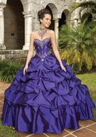 Wholesale Sweetheart Beaded Crystals Quinceanera Gowns Ruffles Taffeta Purple Party Dresses Embroidery Sequined Princess Ball Gown Prom Dress
