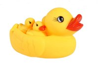 Wholesale Evade glue water duck Soft plastic swimming duck Vinyl is called yellow duck Infant swimming bath water toys