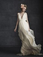 beautiful flow - Vintage Greek Goddess Wedding Dress Flowing Deep V Neck with Sash Beautiful Beach Bridal Gowns Retro Backless Grecian Wedding Dresses
