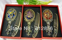 Wholesale set Bronze comb and mirrors with different animal decoration and different color