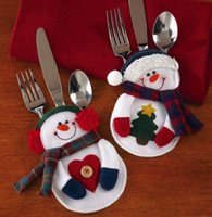 Wholesale DDA353 Hot Sale Christmas Kitchen Cutlery Suit Holders Porckets Knifes and Folks Bag Snowman Shaped