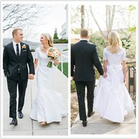 shirt t-shirt - Modest Mermaid Wedding Dresses Short Sleeve Scoop Neck Beadings Bow Satin Sweep Train Bridal Gowns Custom Made W925