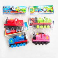 350pcs Free Shopping TREM CARRO MUITO 70pcs Conjunto completo dos brinquedos de madeira trem de brinquedo carro (1set = 70pcs)