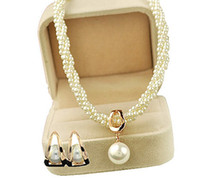 Wholesale Rose Gold Plated Cream Pearl Fashion Drop Jewellery Set Necklace and Earrings Newest Necklace Pendants