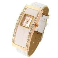 Wholesale Fashionable Arch Rectangular Dial Leather Band Ladies Watch