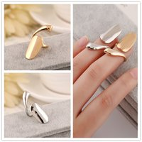 Wholesale Exquisite Cute Queen Glossy Nail rings Design Gold Silver Ring Finger Nail Rings Nail Art Can be Mixed