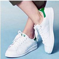 Wholesale 50 Years Classic style Stan Smith Shoes for men women Athletic Shoes White color musial originals Stan Smith Skateboarding Shoes