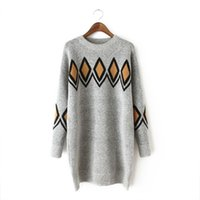 Wholesale trade in Europe long sleeved women T shirt thickening knitted geometric patterns in the long straight cylinder jacquard sweater