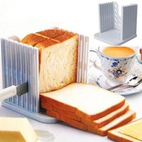 Wholesale Bread Slicer Kitchen ProTool Bread Loaf Toast Slicer Cutter Mold Maker Slicing Cutting Guide Housewife Necessary for Toast Wafer Breaker