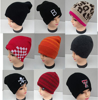 Cheap Factory Price 2015 New Fashion beanies hats Winter Mens Sports hats beanies Ski Hat Fashion Mens knitted Beanies LJJD1587 300pcs
