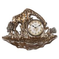 Wholesale Lai Sheng Queen giraffe shape living room wall clock quartz watch European American restaurant hanging table
