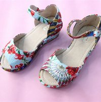 Wholesale Wlmonsoon summer fashion princess girls heels fish head sandals Big Children High Quality Sandals Kids new hot sale sandals