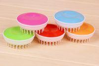 Wholesale Cat brush Pet bath brush convenient hand massage comfort plastic needle Pet supplies