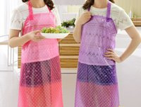 al por mayor delantales de plástico-Moda a prueba de agua impermeable y impermeable delantal cocina hogar plástico transparente de trabajo largo ropa