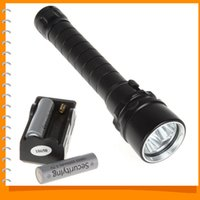 Wholesale 4000Lm W m Depth X CREE XML T6 LED Diving Flashlight Waterproof Underwater Flash Light for Diver Charger X Batteries