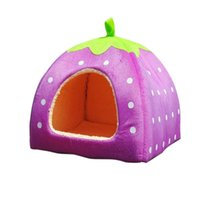 Wholesale Home Soft Strawberry Pet Dog Cat Bed House Kennel Doggy Warm home Cushion Basket G01062