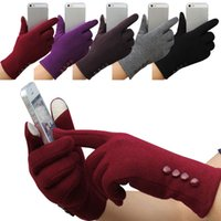Wholesale Fashion Womens Winter Touch Screen Gloves Outdoor Sports Warm Buttons Gloves Five Fingers Gloves