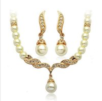 Wholesale Bridal Party Jewelry Sets Tear Drop Cream Pearl Necklace and Earring jewelry Set Competitive Price Womens Designer Jewelry On Sale J0002
