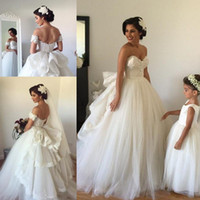 Wholesale New Cheap vestido de noiva Ball Gown Lace Wedding Dresses Sweetheart Ruffle Train Tulle Vintage Backless Bridal Gowns