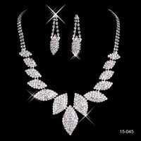 belly beauty - Beauty Rhinestones Silver plated Wedding Bridal Jewelry Sets Ear Stud Type Crystal Jewelry Wedding Accessories Stock