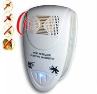 Wholesale Home Use Electro Magnetic Ultrasonic Electronic Pest Rodent Repeller for Lustrating Mouse Mosquito Insect
