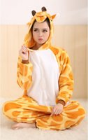 al por mayor animales de apartamentos-Flannel cuero jirafa amor apartamento a través de los amantes de los animales encantadora pieza pijamas hombres y mujeres de servicio a domicilio