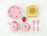 baby breakfast - New arrival Wooden Toys Mother Garden Strawberry Breakfast Set Baby Pretend Play Kitchen Toys Set