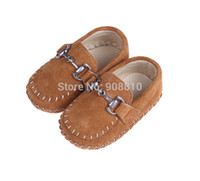 Wholesale Brand new baby shoes leather girls boys soft sole with buckle first walkers white rose brown charming shoes retail