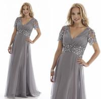 Wholesale A Line Silver Mother Of The Bride Dresses Crystals Beads Spring Short Sleeve ELegant V Neck Evening Gowns Formal Dress Vestidos De Madre De