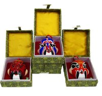 Wholesale The quintessence of China Peking Opera mask clay sculpture gift box The gift of Chinese arts and crafts
